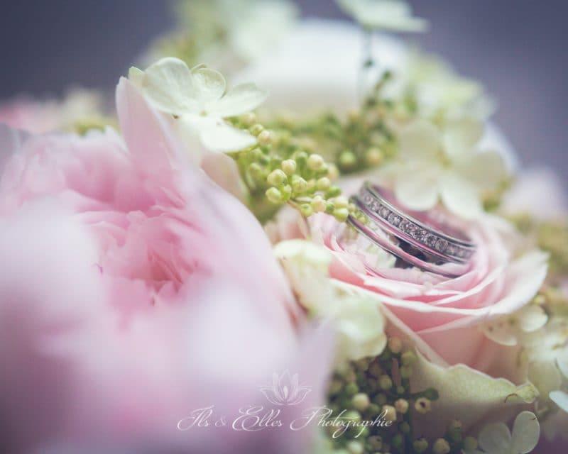 Un mariage romantique à Poissy et Paris